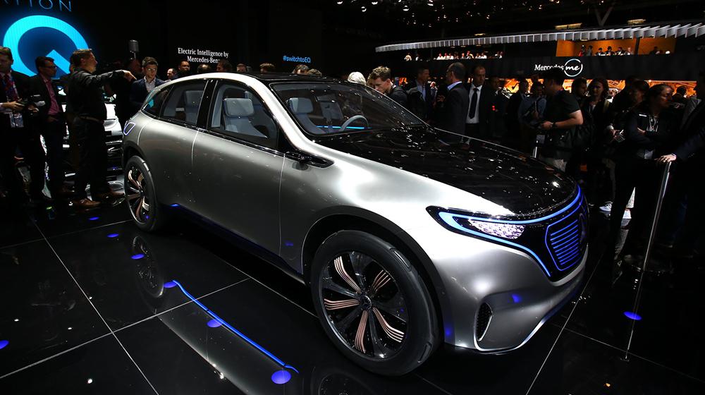 Mercedes-Benz_Generation_EQ (8).jpg