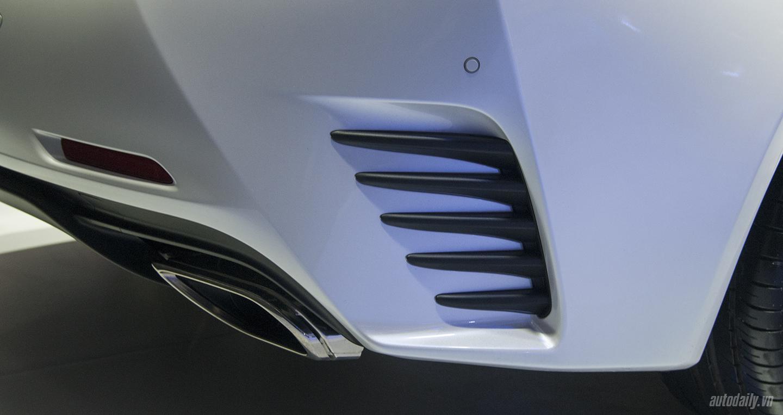 Lexus RC 200t (3).jpg