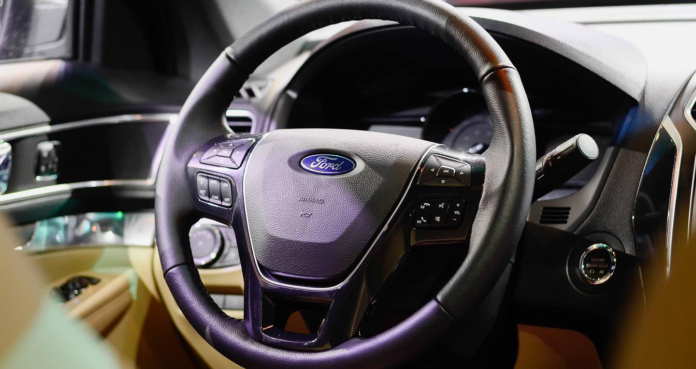 Ford Explorer (13).jpg