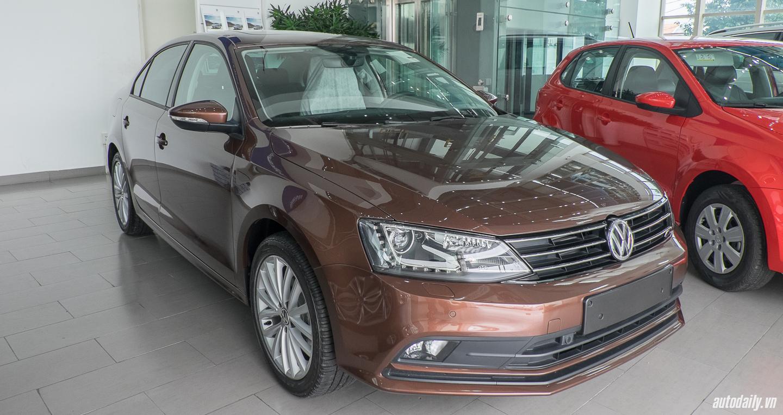 Volkswagen_Jetta (19).jpg