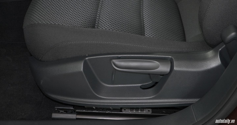 Volkswagen_Jetta (2).jpg