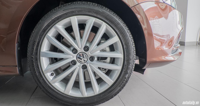 Volkswagen_Jetta (21).jpg