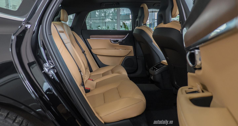 Volvo_S90 (31).jpg