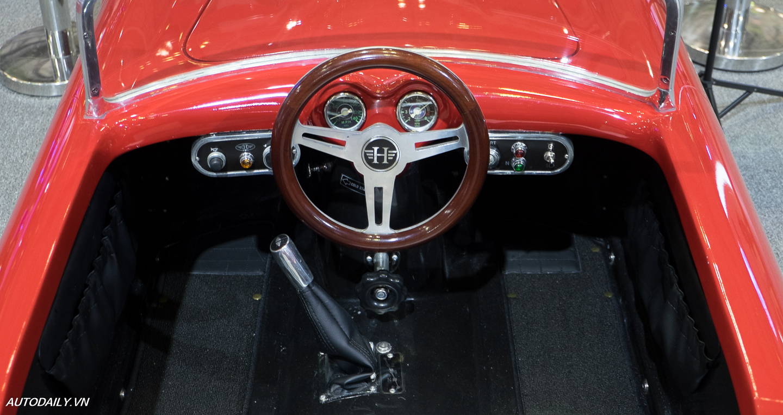 Ferrari_250_GT_Cal_Spyder (12).jpg