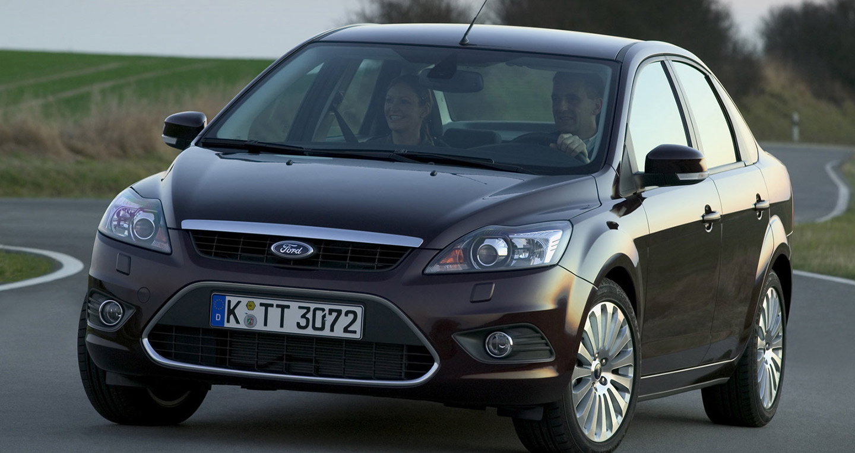 Ford-Focus_Sedan
