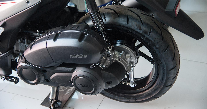 Yamaha NVX 155 đã có mắt tại đại lý và bắt đầu bàn giao xe cho khách 5