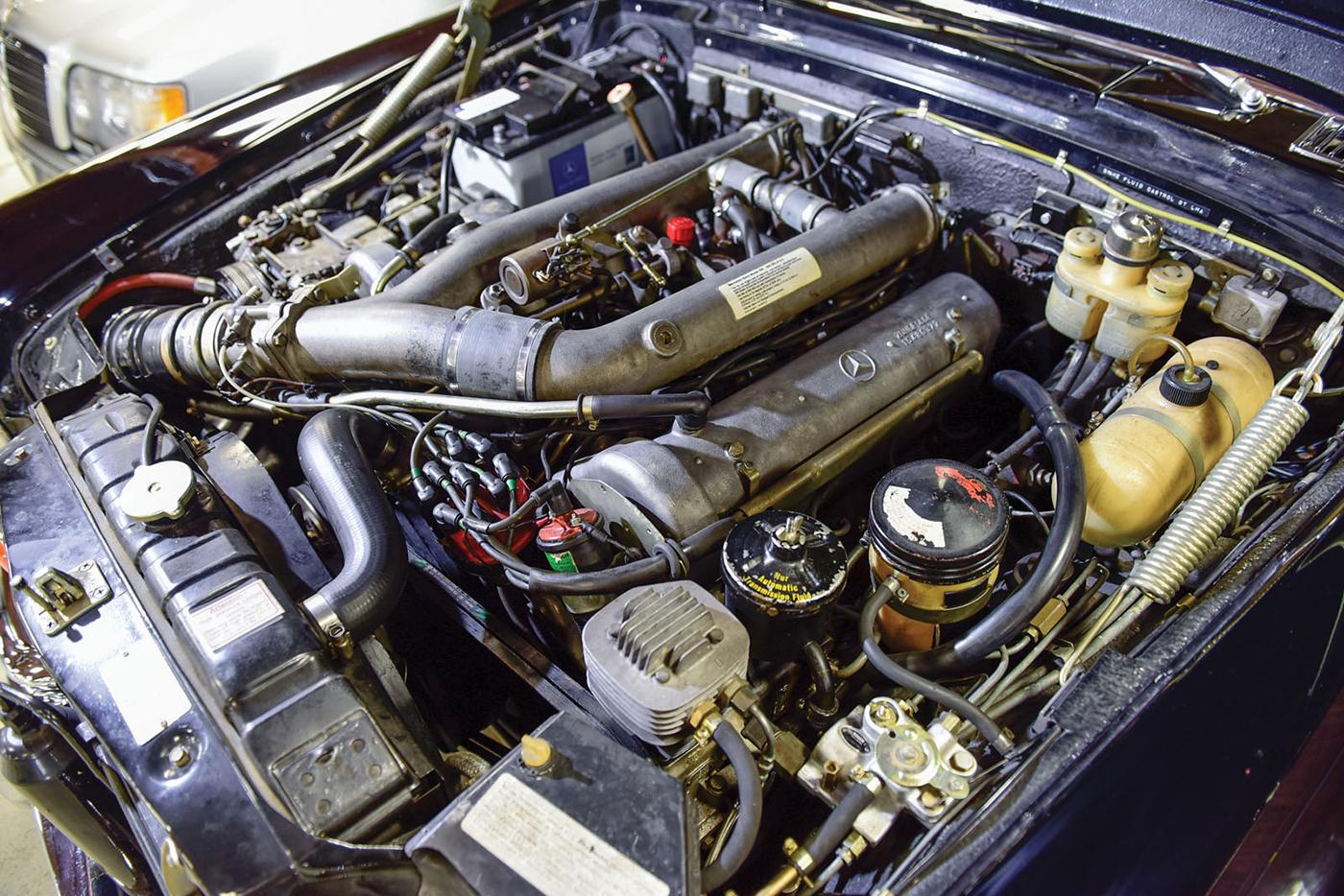 mercedes-benz-600-pullman-1968-4.jpg