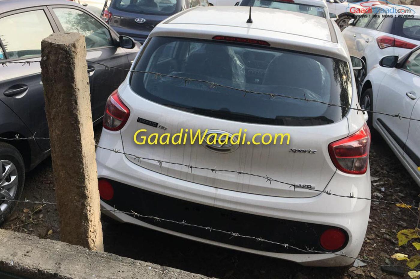 2017-hyundai-grand-i10-facelift-rear-spied-.jpg