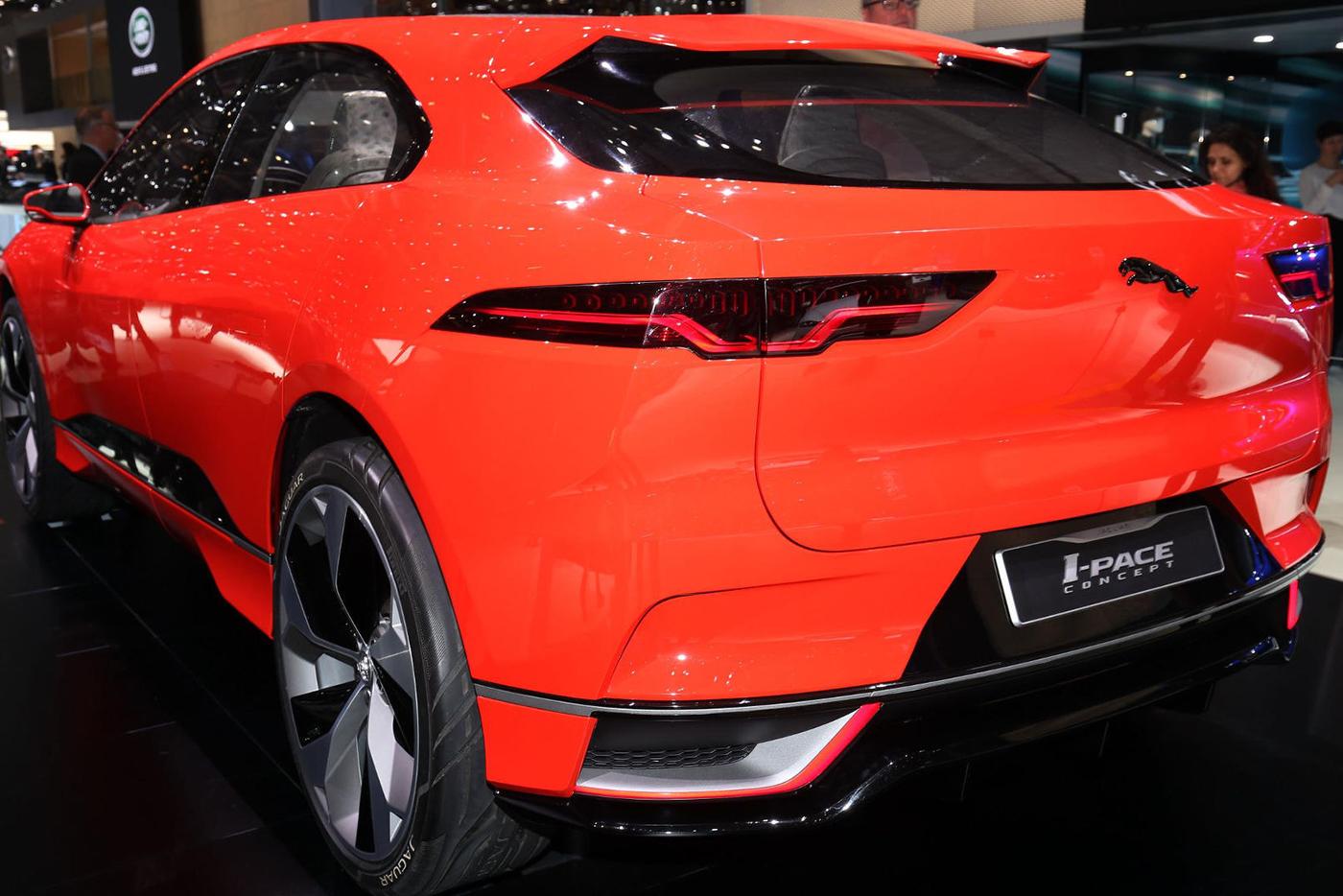 jaguar-i-pace-concept-15.jpg