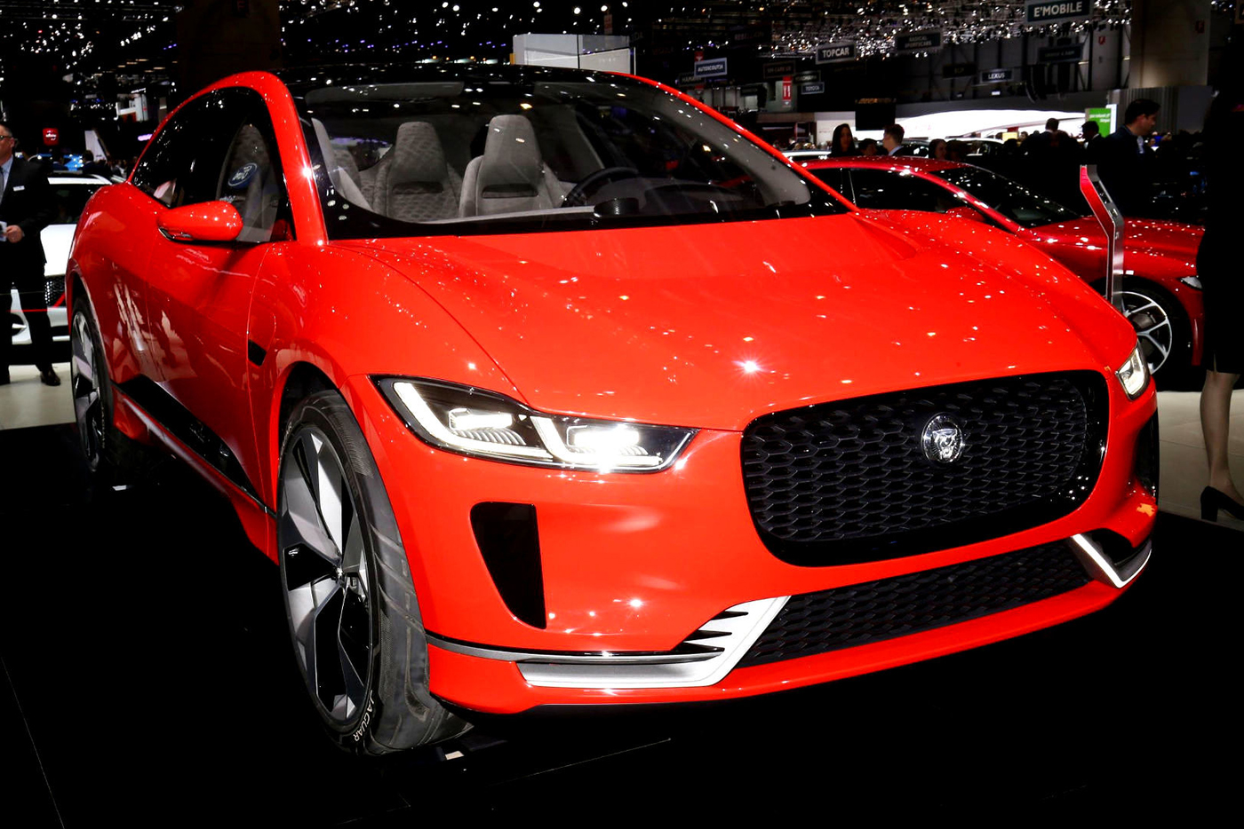 jaguar-i-pace-concept-18.jpg