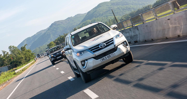 toyota-road-caravan-7.jpg