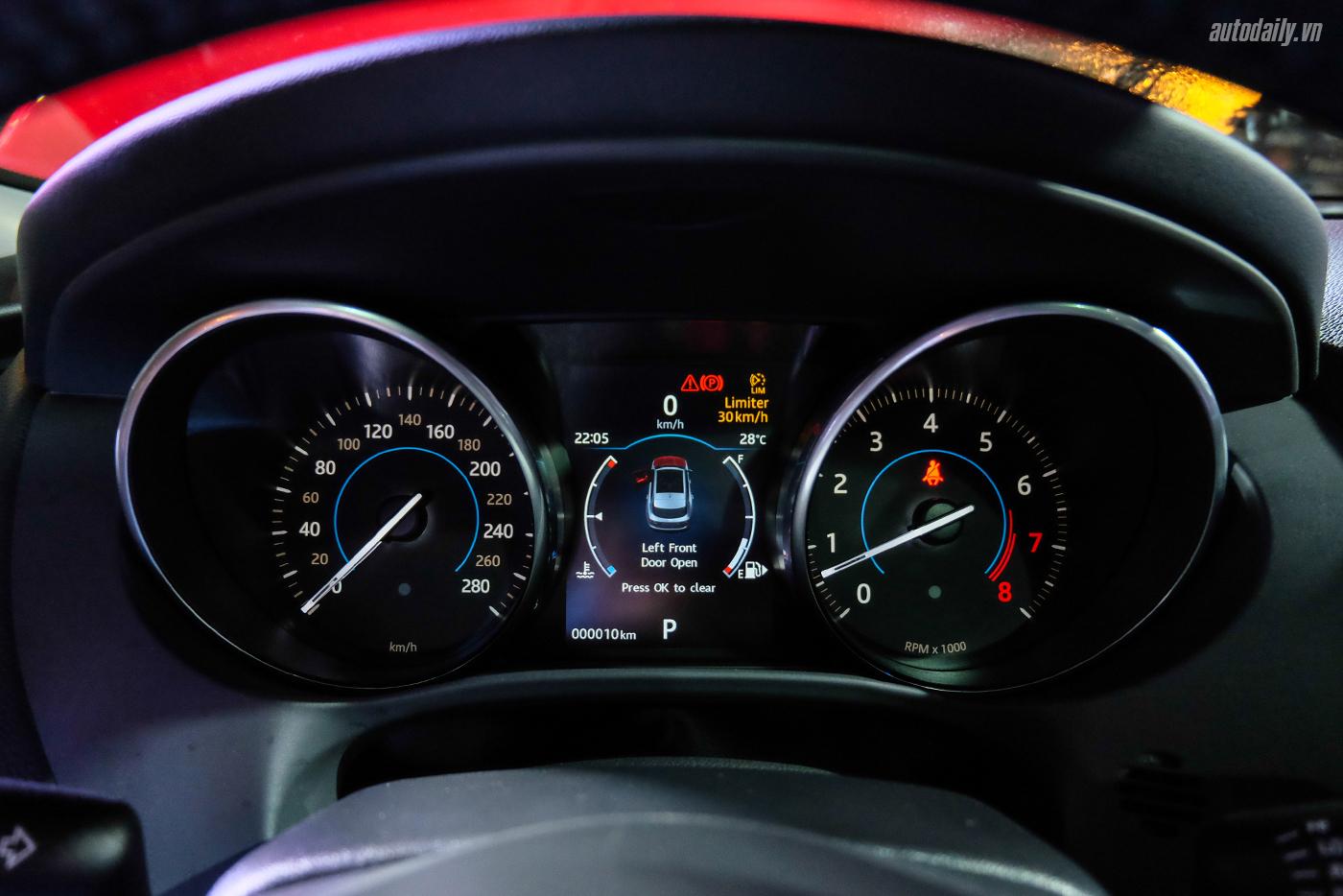 jaguar-f-pace-suv-43.jpg