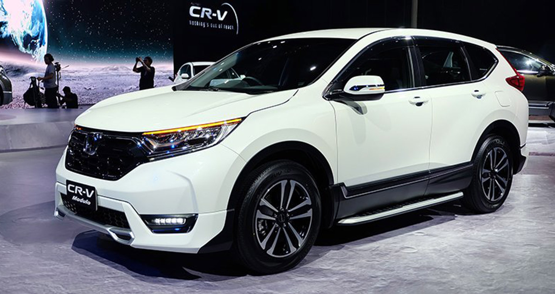 2017-honda-cr-v-modulo-front-three-quarter-launched.jpg