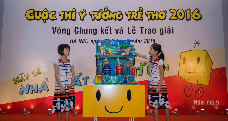 6phan-thuyet-trinh-day-tu-tin-cua-2-be-giai-nhat-nhom-lop-4-5.jpg