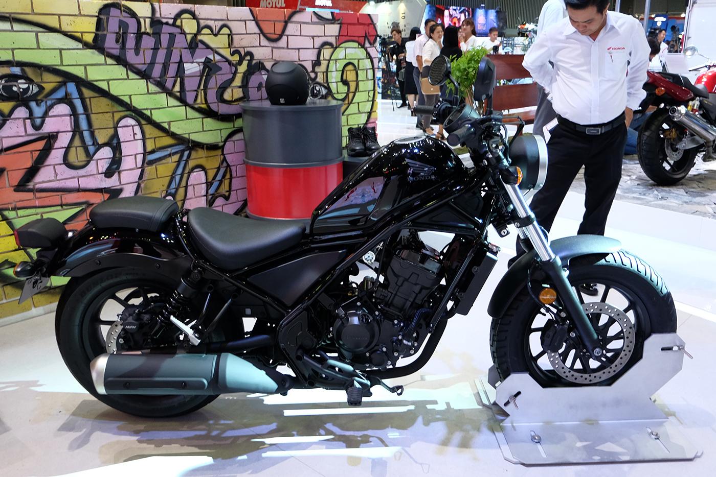 honda-rebel-300-2017-13.JPG