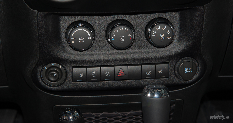 jeep-wrangler-rubicon-32.jpg