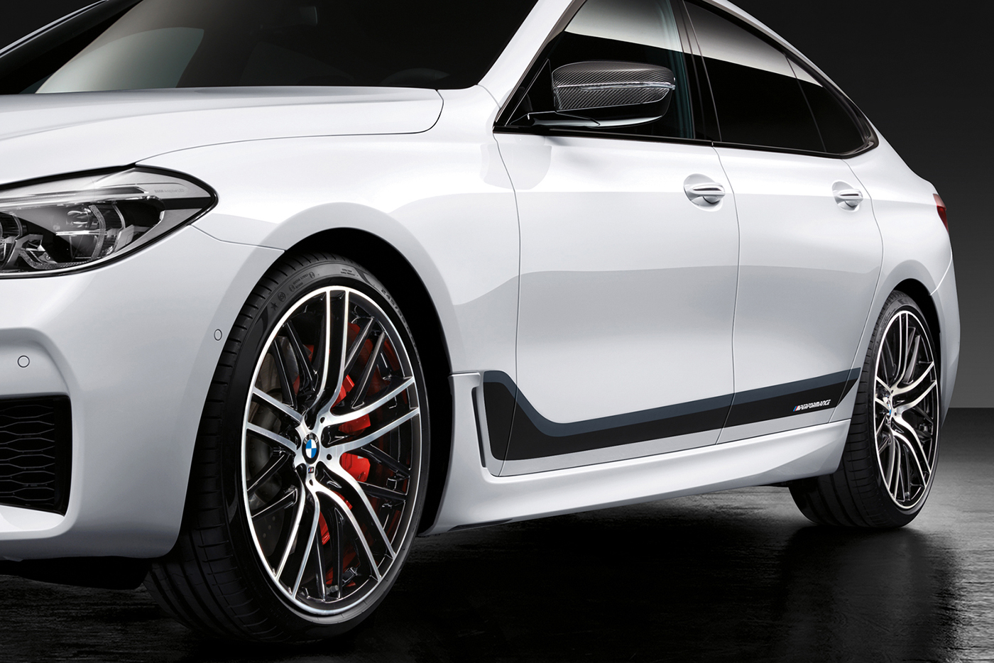 bmw-6-series-gt-m-performance-5.jpg