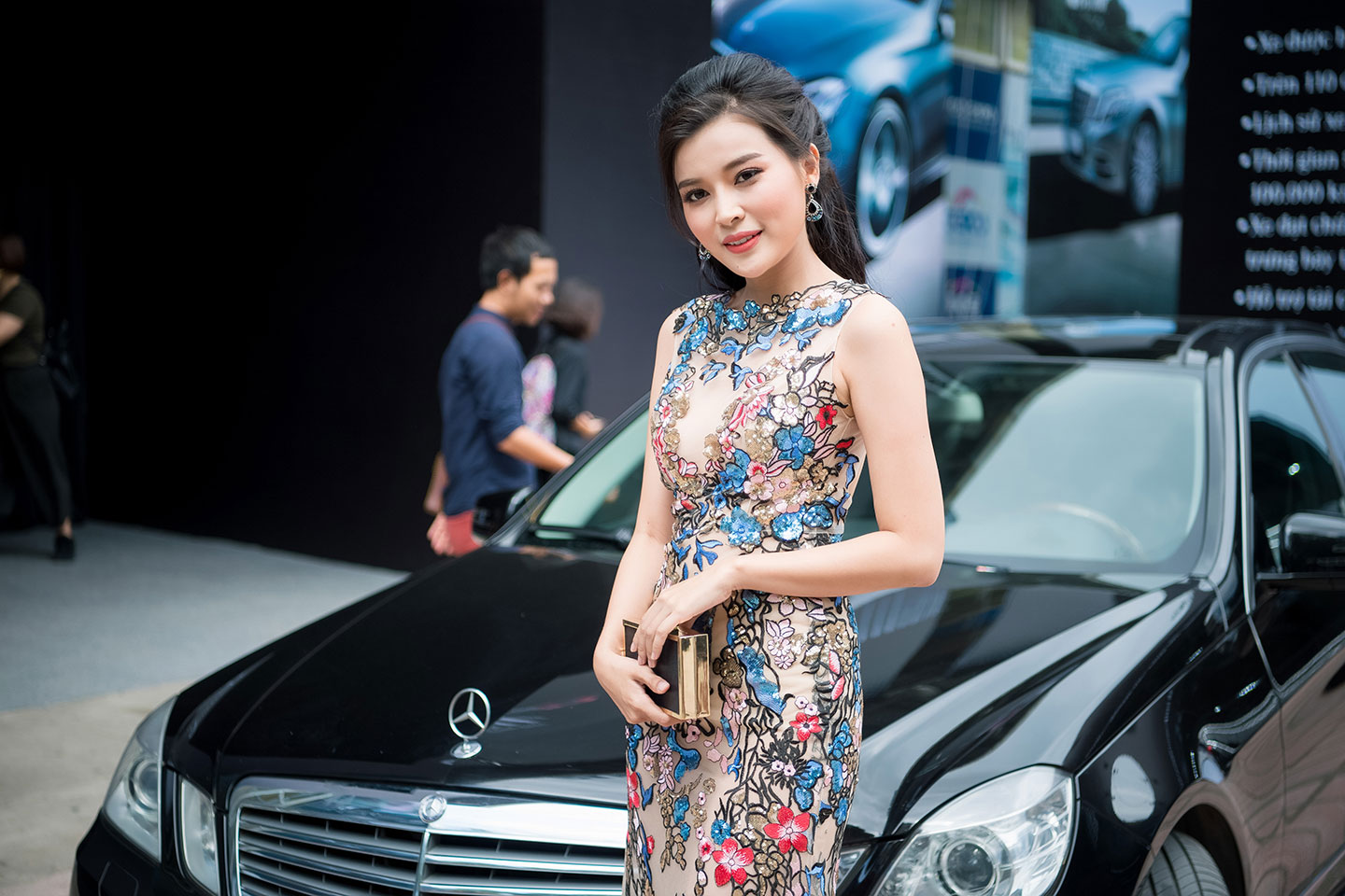 mercedes-benz-fascination-2017-nguoidep-1.jpg