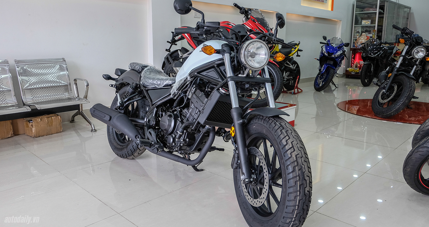 honda-rebel-300-abs-2017-4.jpg