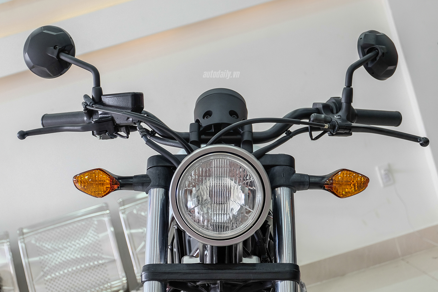 honda-rebel-300-abs-2017-5.jpg