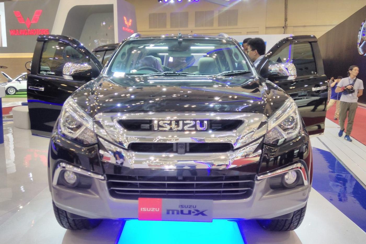 isuzu-mu-x-facelift-2017-5.jpg