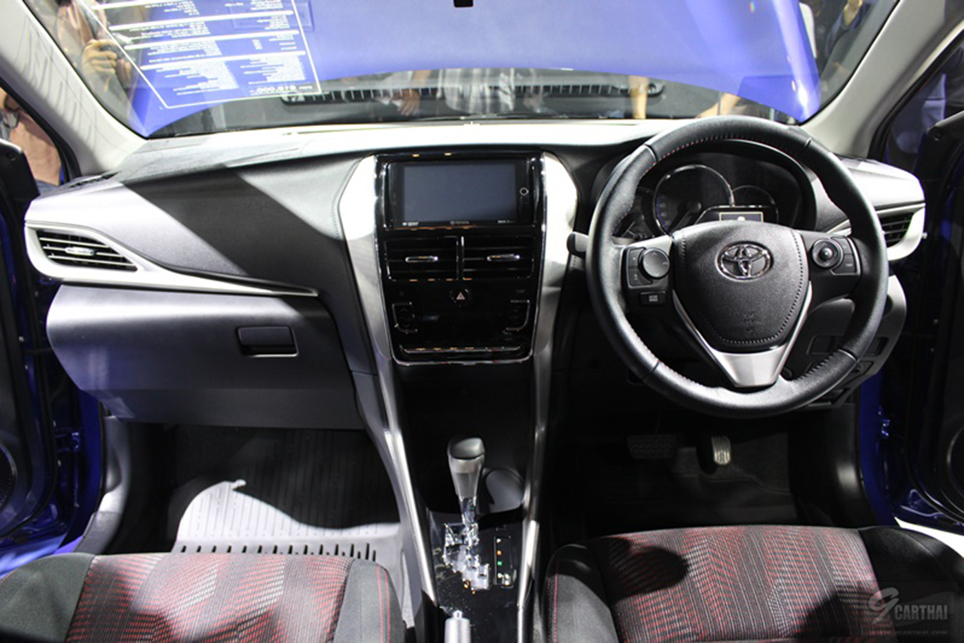 toyota-yaris-sedan-2018-10.jpg