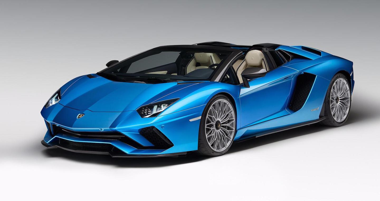 Lamborghini Aventador S Roadster chính thức lộ diện, giá từ 460.000 USD