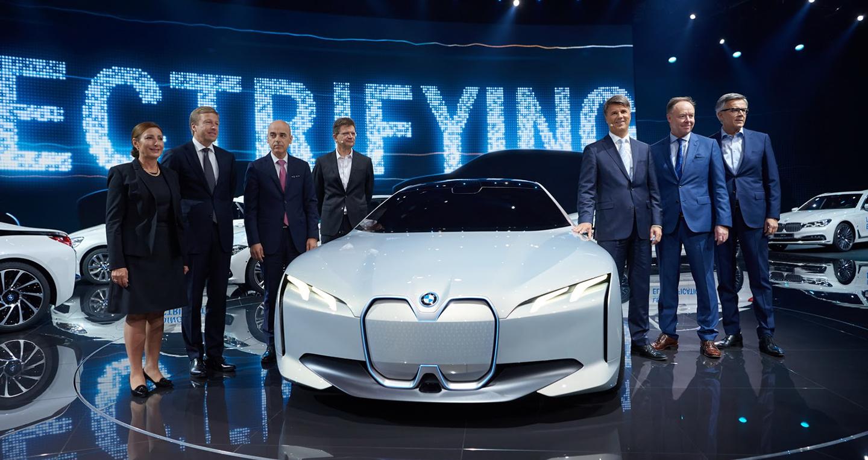 BMW i Vision Dynamics: Đối thủ tương lai của Tesla Model 3 lộ diện