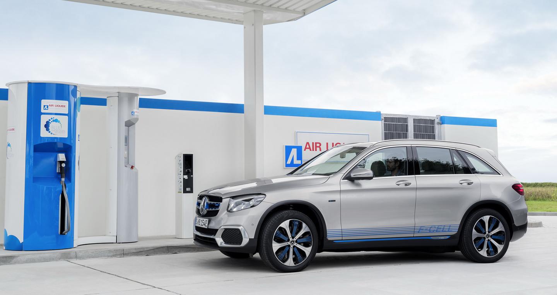 """Mercedes-Benz ra mắt GLC """"chạy pin"""""""
