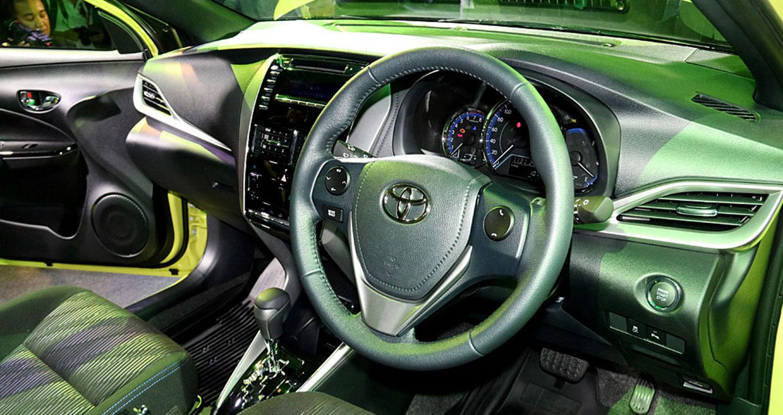 14-toyota-yaris-hatchback-2017.jpg