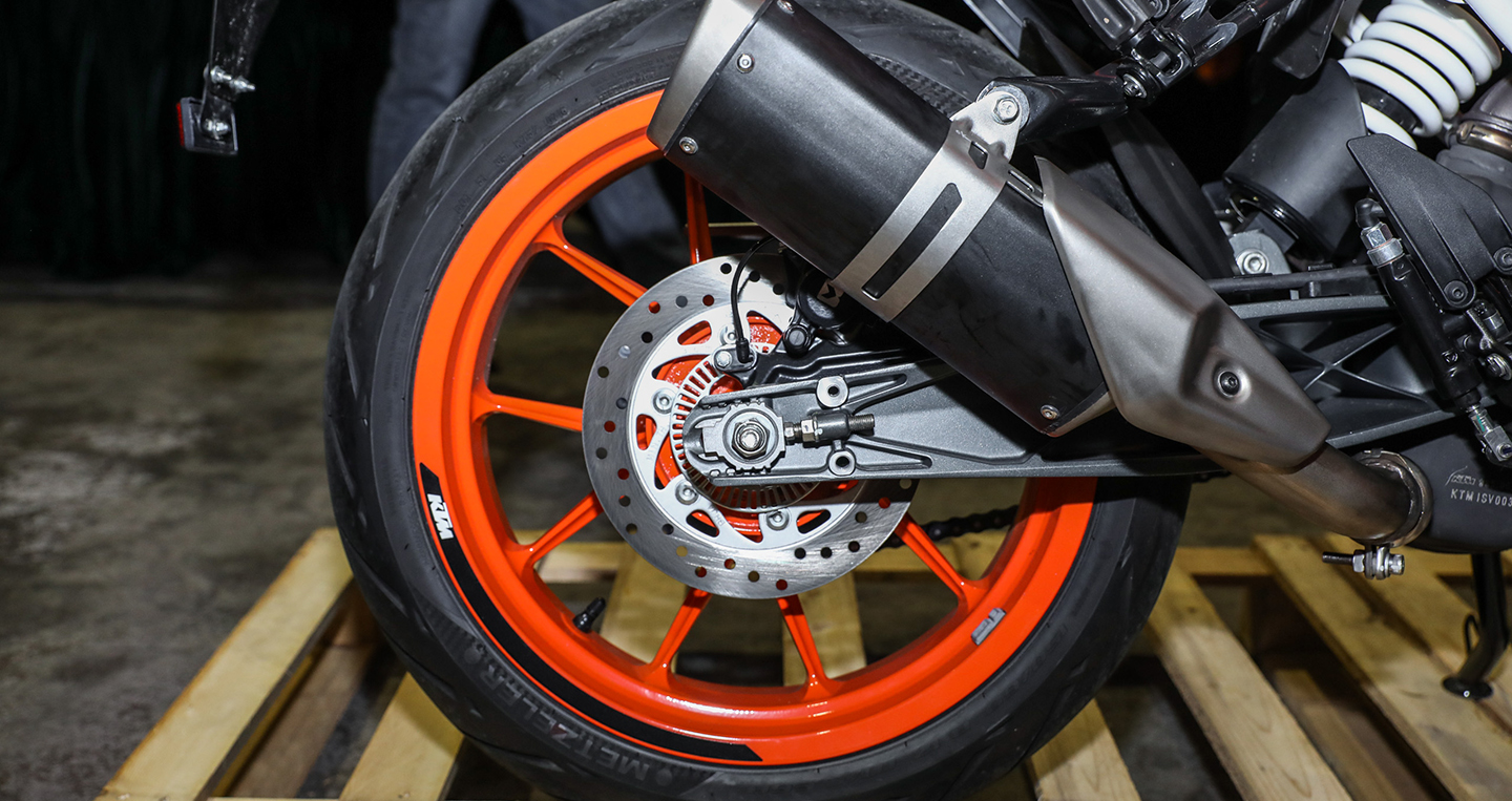 ktm-duke-250-390-launch-2017-57-1.jpg