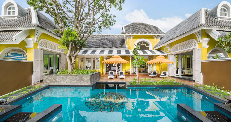 villa-exterior.jpg
