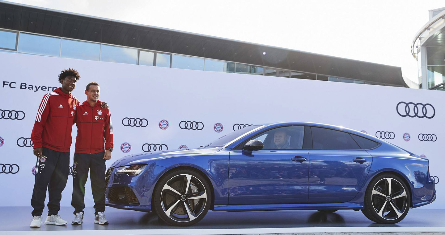 bayern-munchen-players-receive-their-new-audi-models-1.jpg