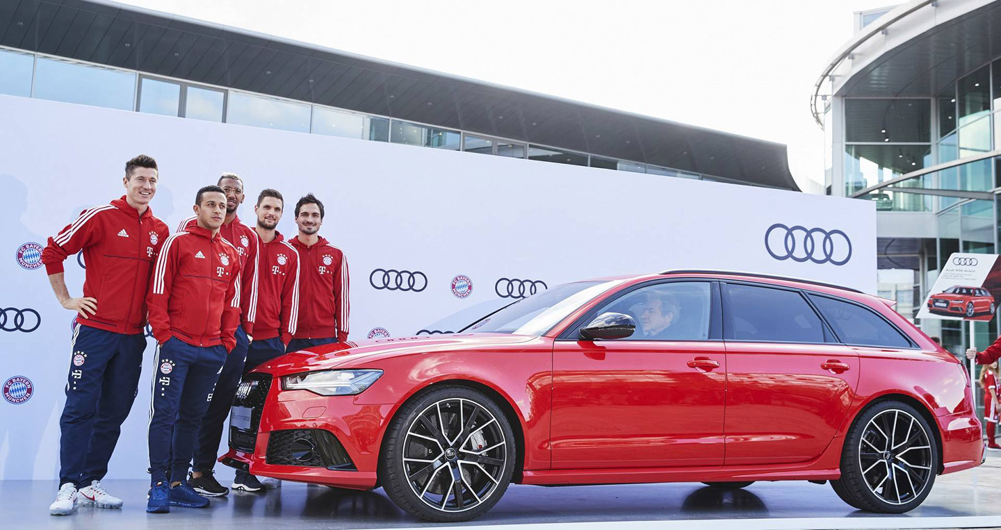 bayern-munchen-players-receive-their-new-audi-models-2.jpg