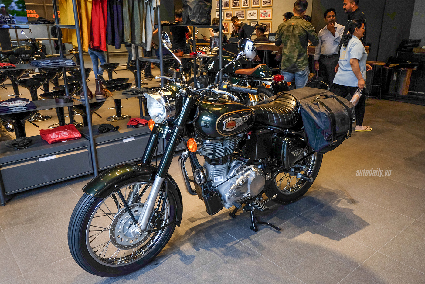 royal-enfield-10.jpg