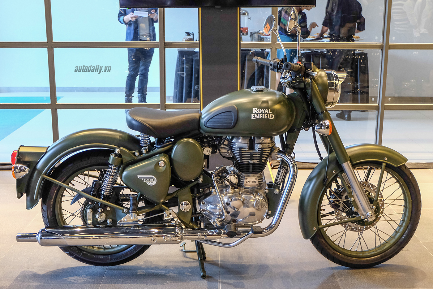 royal-enfield-1.jpg