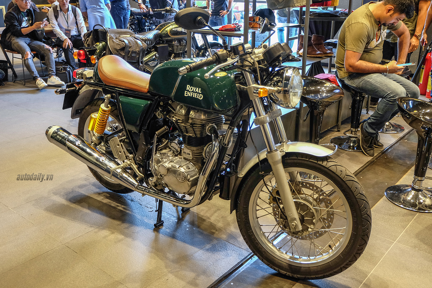 royal-enfield-continental-gt-26.jpg