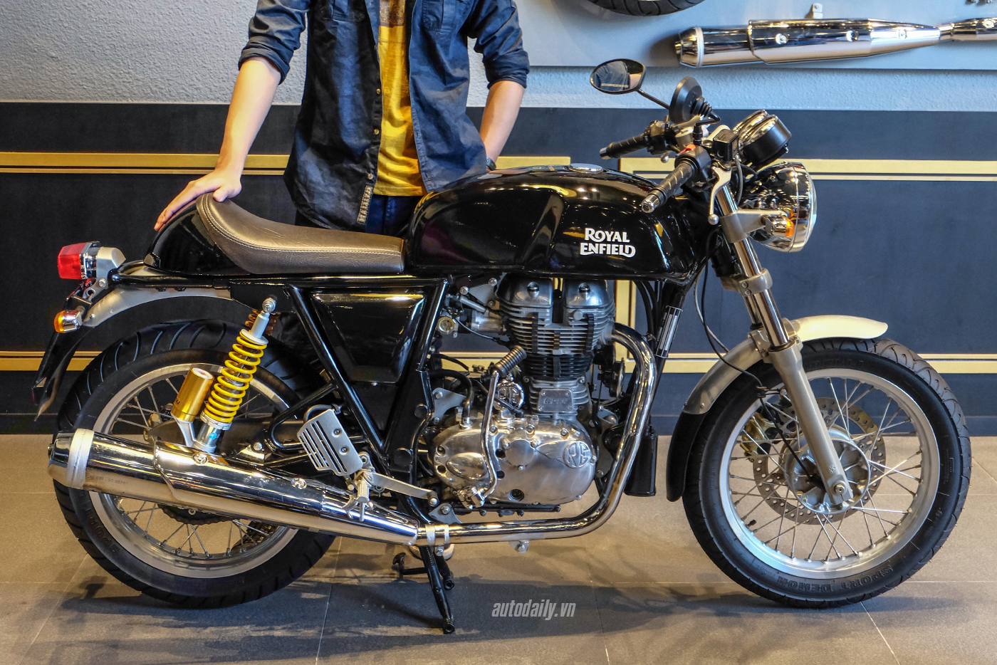 royal-enfield-continental-gt-27.jpg