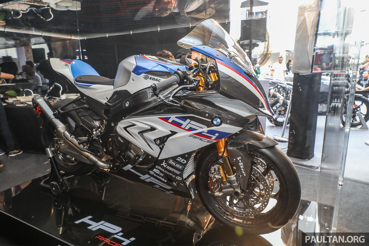 bmw-hp4-race-carbon-13.jpg