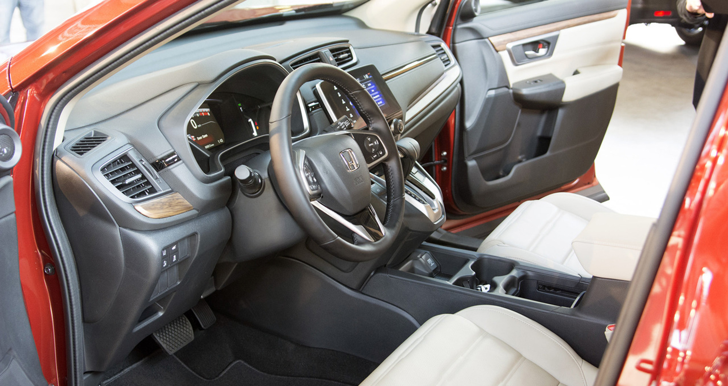2017-honda-cr-v-live-photos-5.jpg