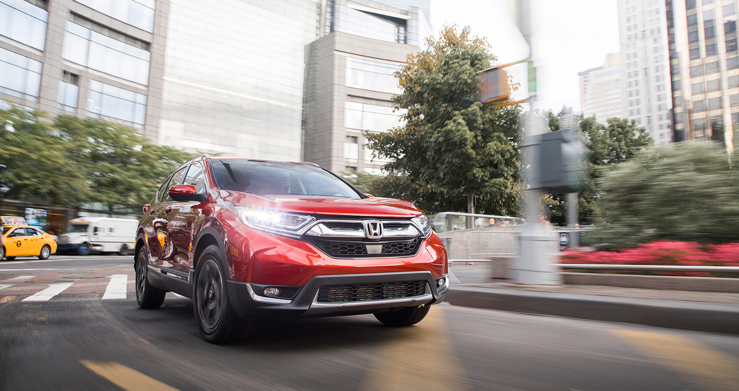 2017-honda-cr-v-front-three-quarter-in-motion-00.jpg