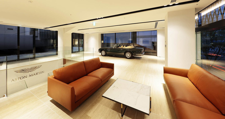 house-of-aston-martin-aoyama-10.jpg