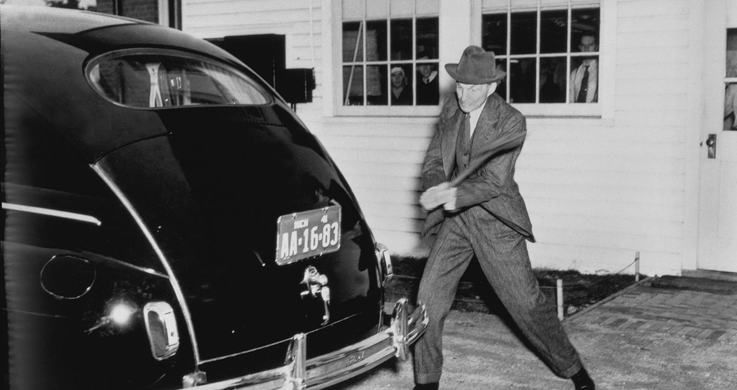 1941-henry-ford-with-soy-plastic-trunk-panel-neg-dbn28273.jpg