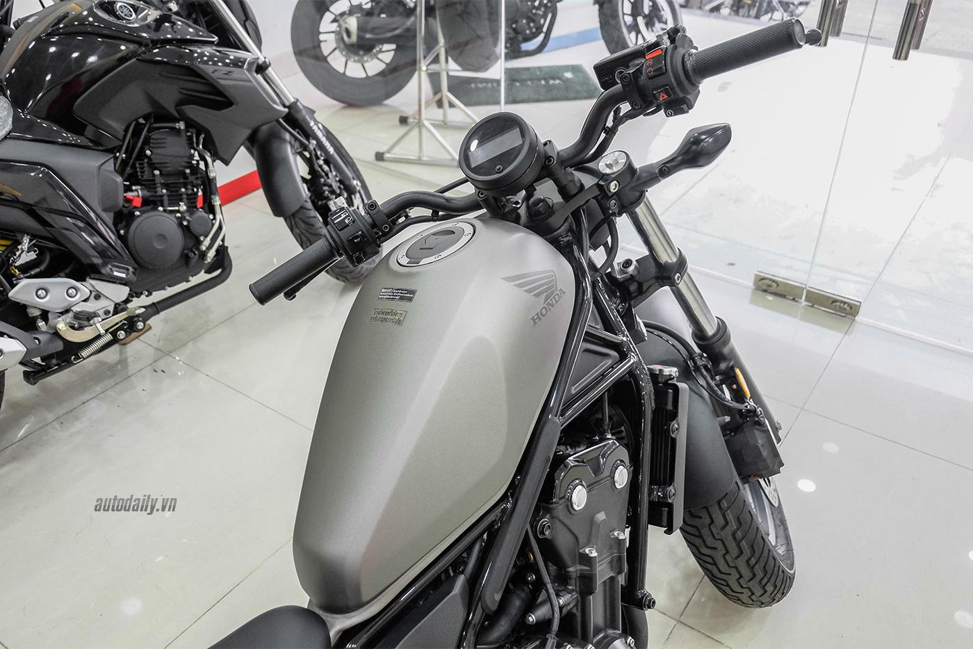 honda-rebel-500-abs-2017-11.jpg