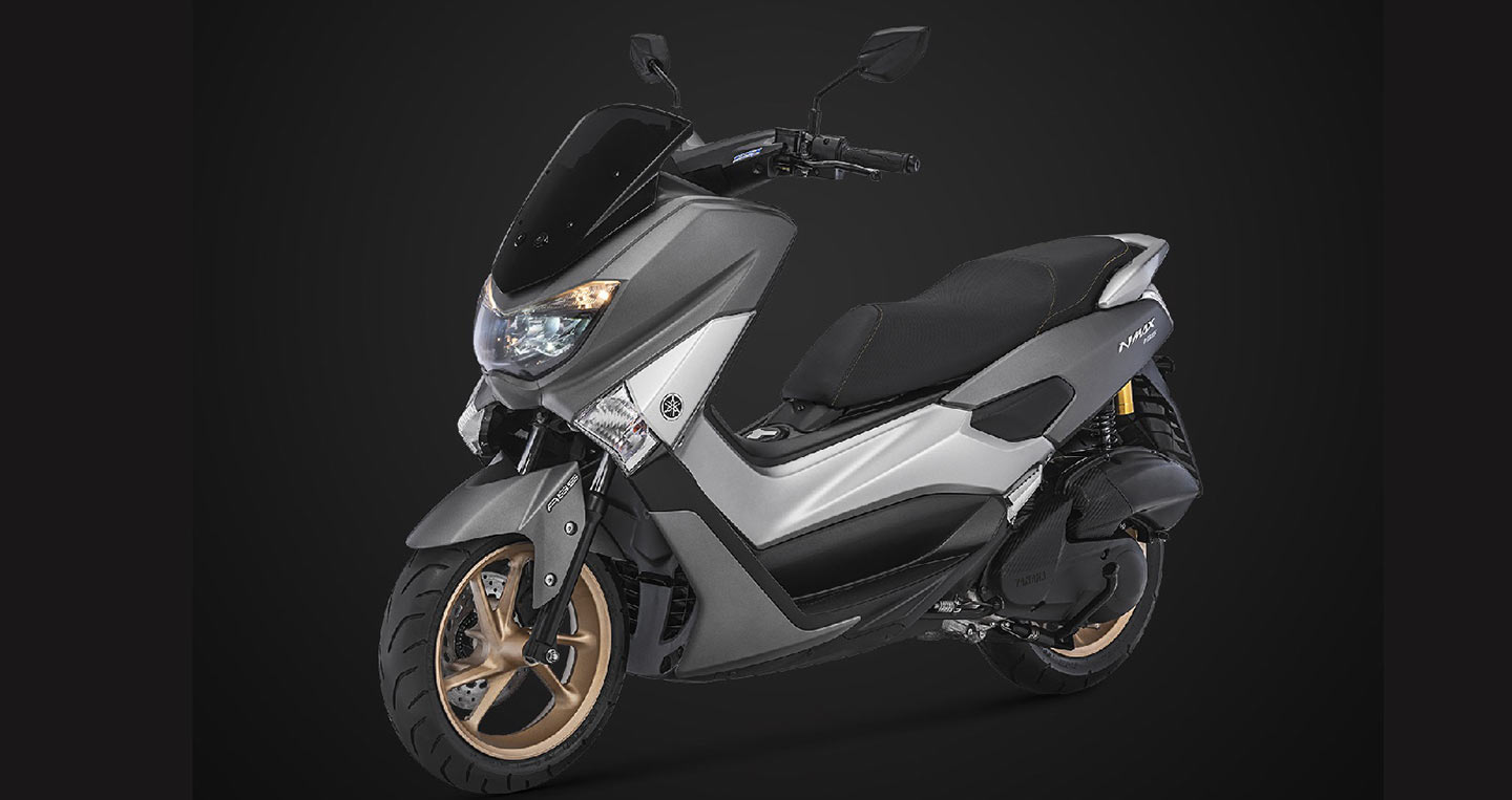 2018-yamaha-nmax-155-grey-front-left-quarter.jpg