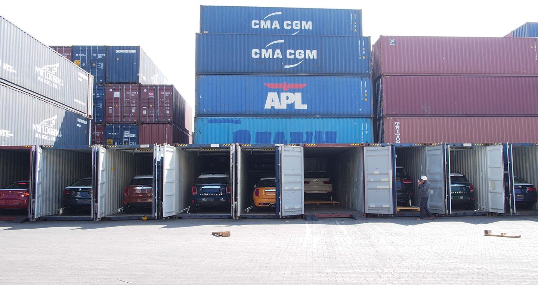 container-xe-moi.jpg