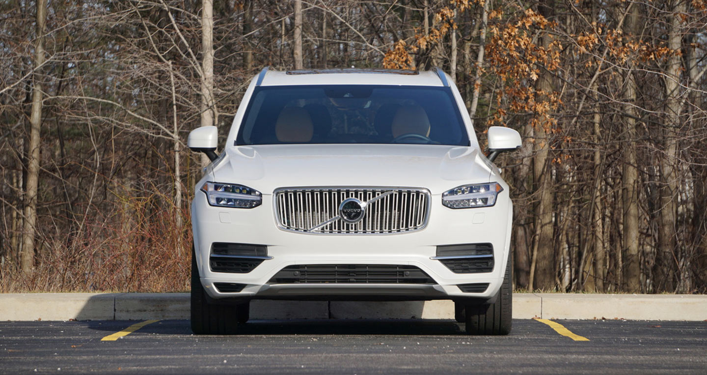 2017-volvo-xc90-t8-review-1.jpg
