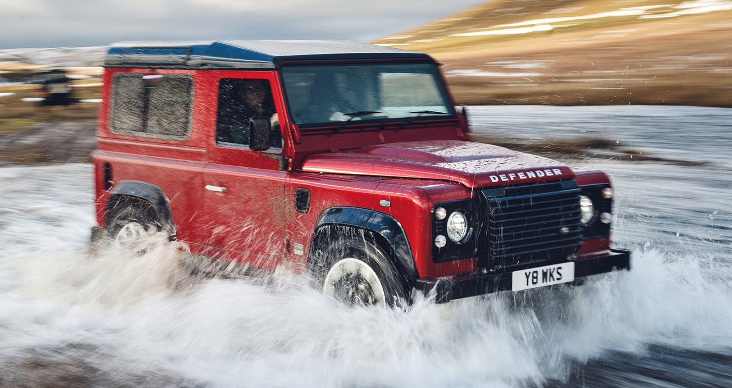 land-rover-defender-works-v8-2018-1600-05.jpg