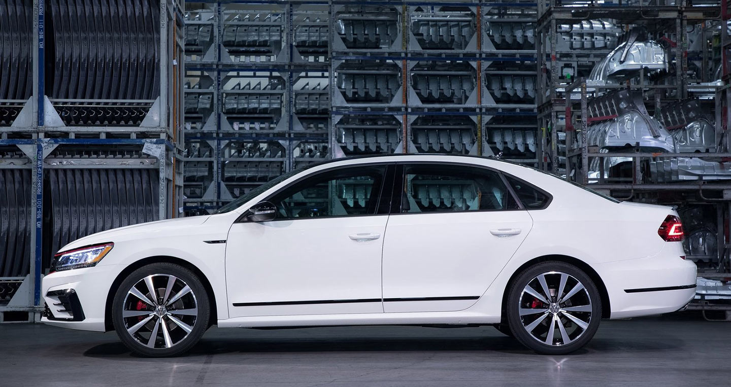 volkswagen-passat-gt-us-version-2018-1600-03.jpg