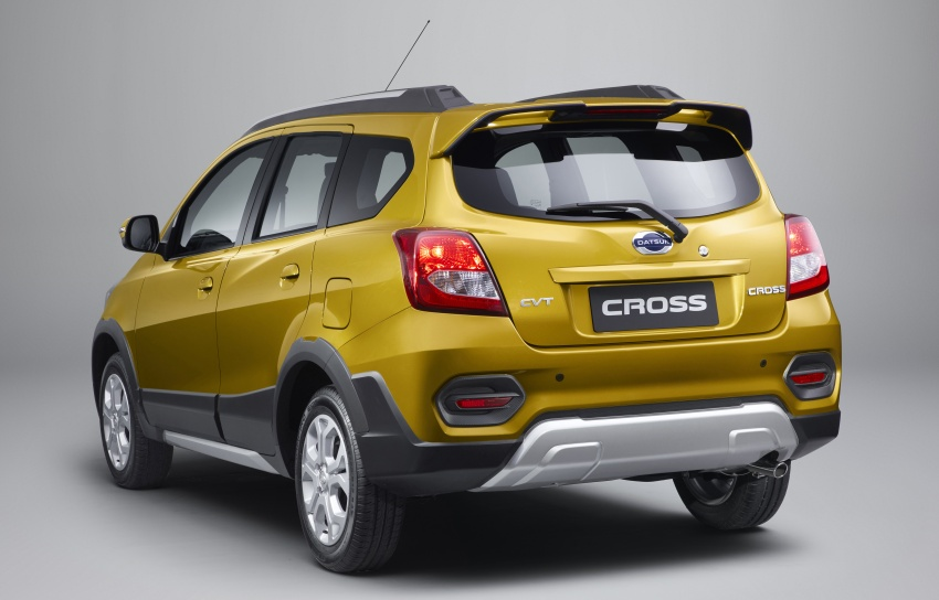 2018-datsun-cross-rear.jpg